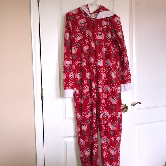 feb9f2d320 Elf on the shelf onesie adult Pajamas. M 5bc37cbd34a4ef2a034d6277